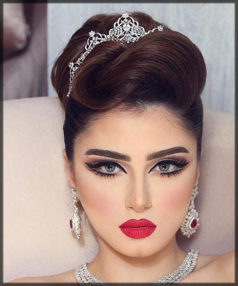 slaying arabic makeup with bun