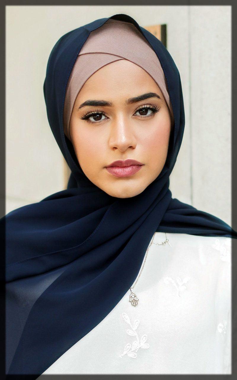 sleek hijab style woth headscraf