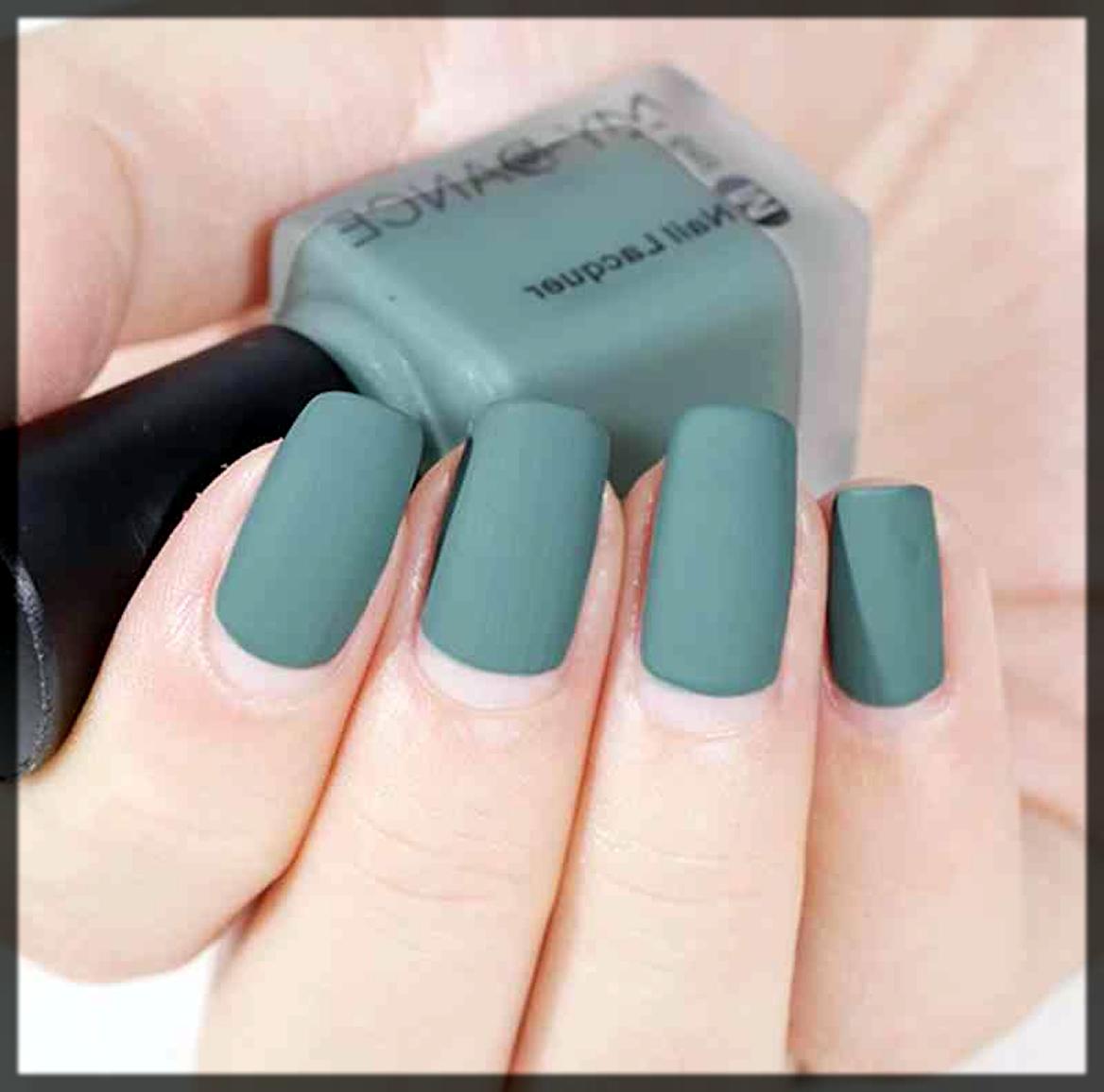 splendid green winter nail color
