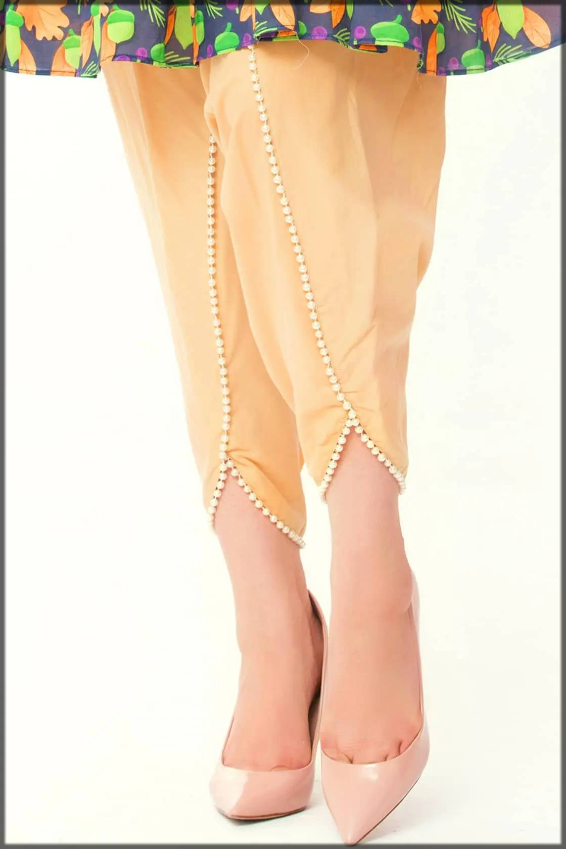 stylish tulip pant with pearls