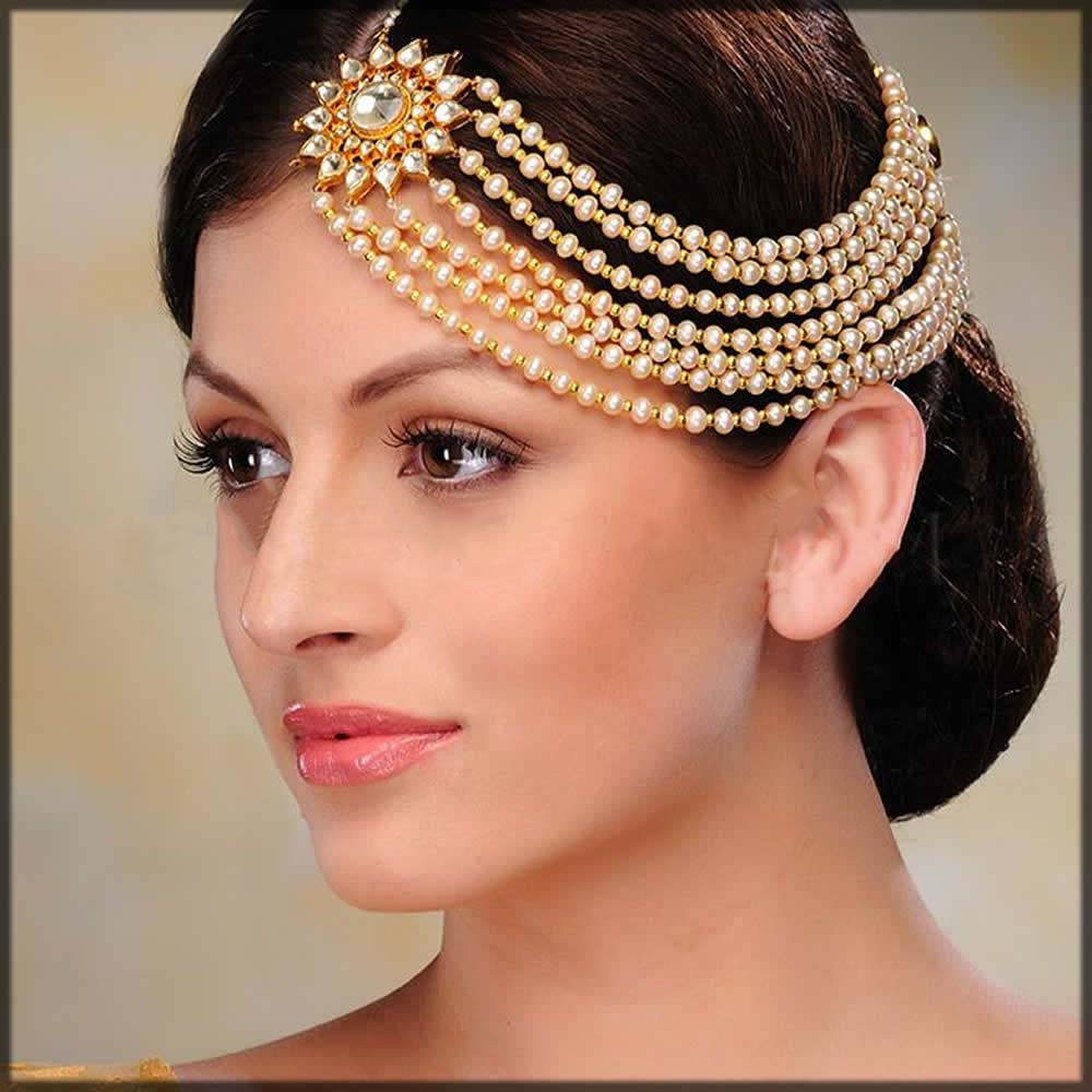 Stylish one sided jewelery