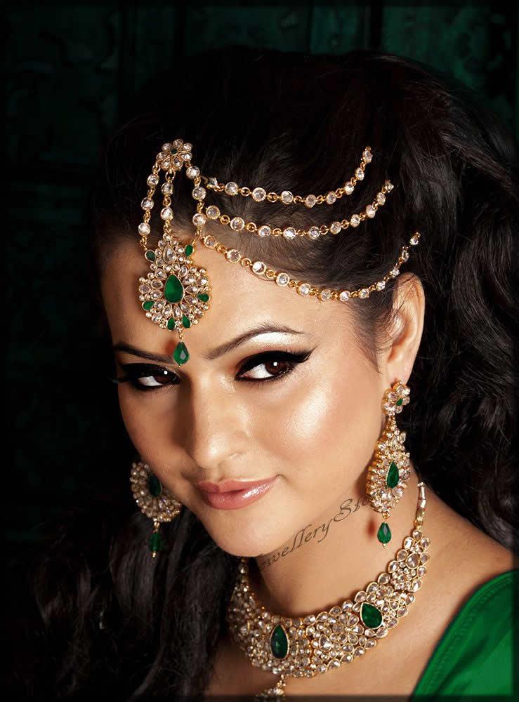 Trendy style of jewelery