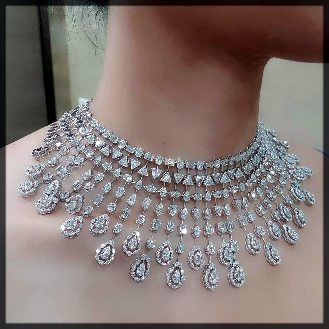 Diamond Neckband