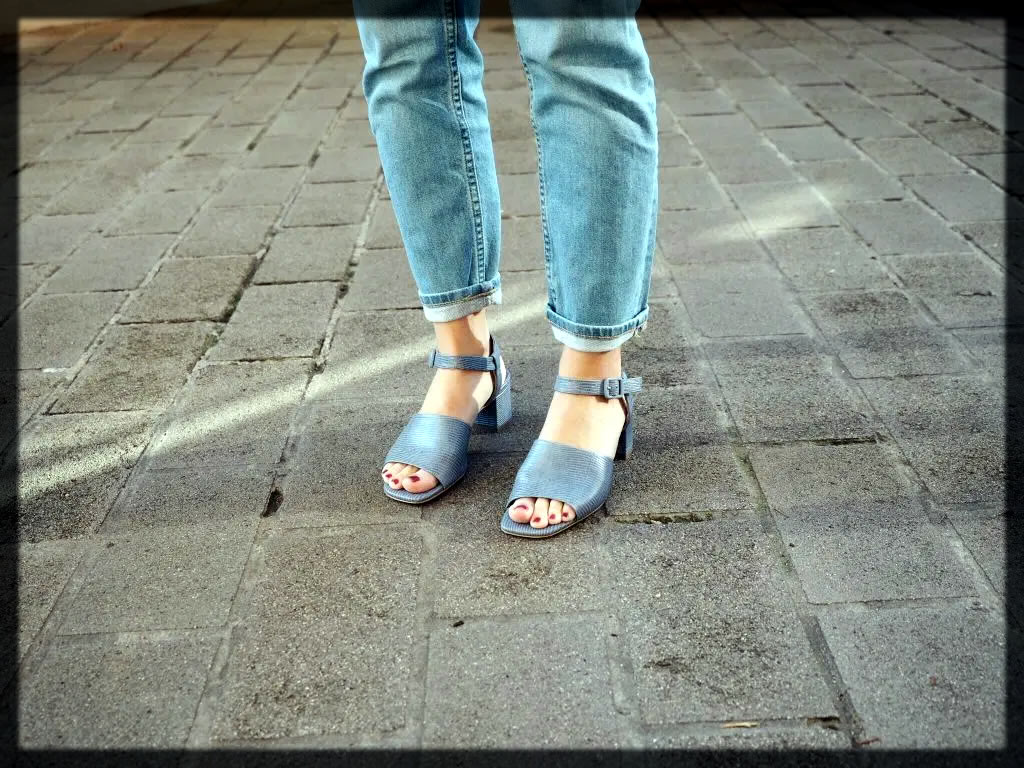 Everlane Block Heel Sandal