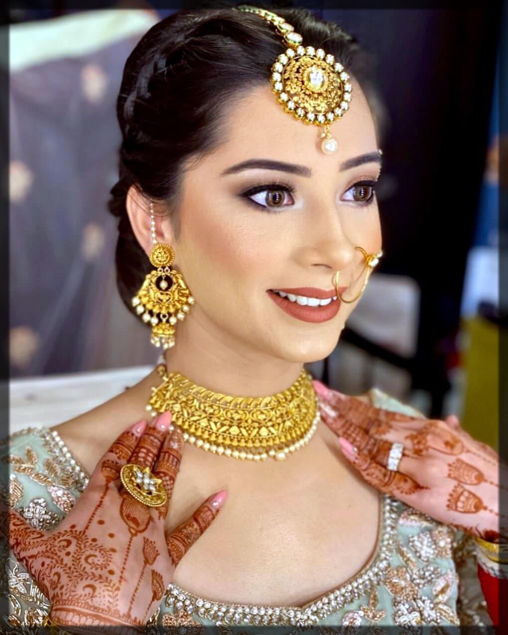 Gold Matte Wedding Necklace Designs