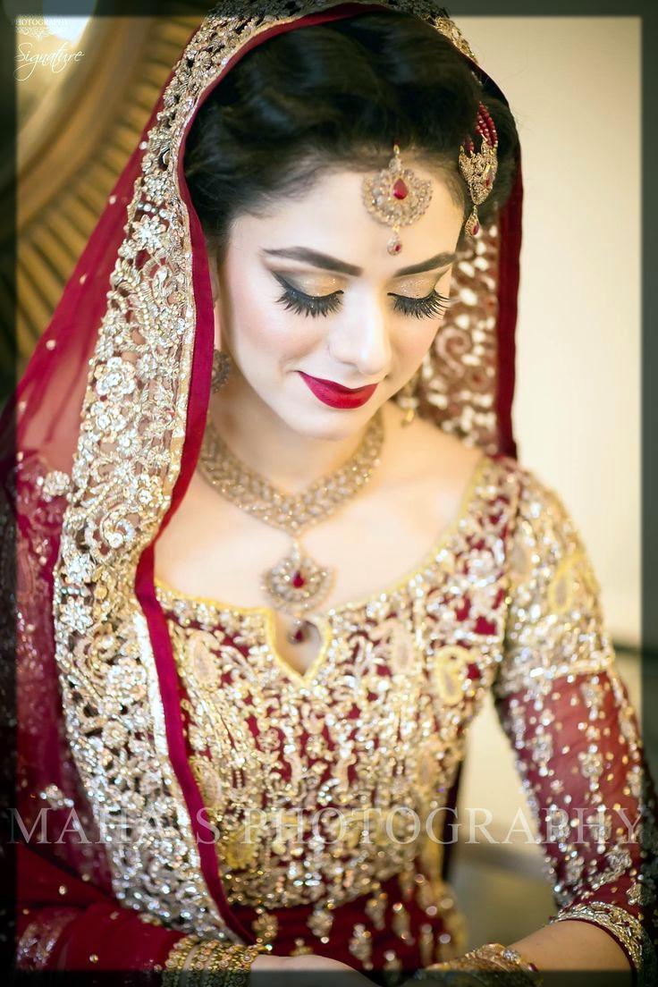 Lightweight Wedding Necklace Designs