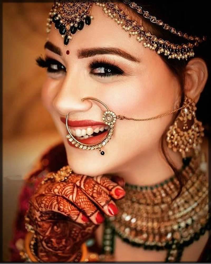 beautiful round nose ring