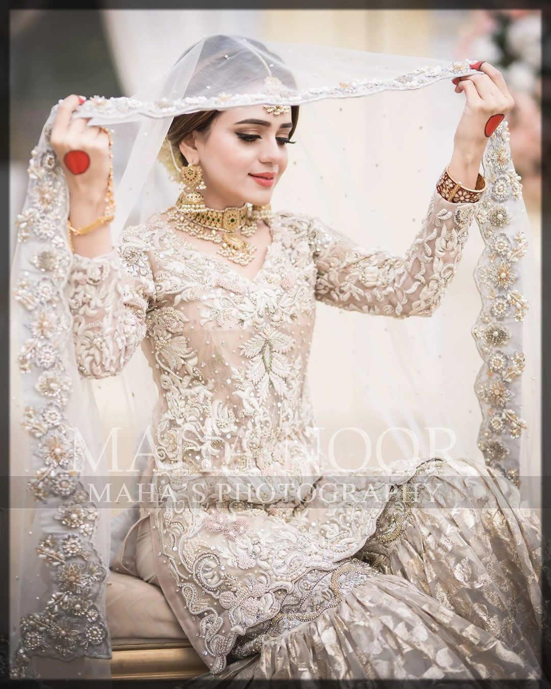 incredible bridal jhumkas