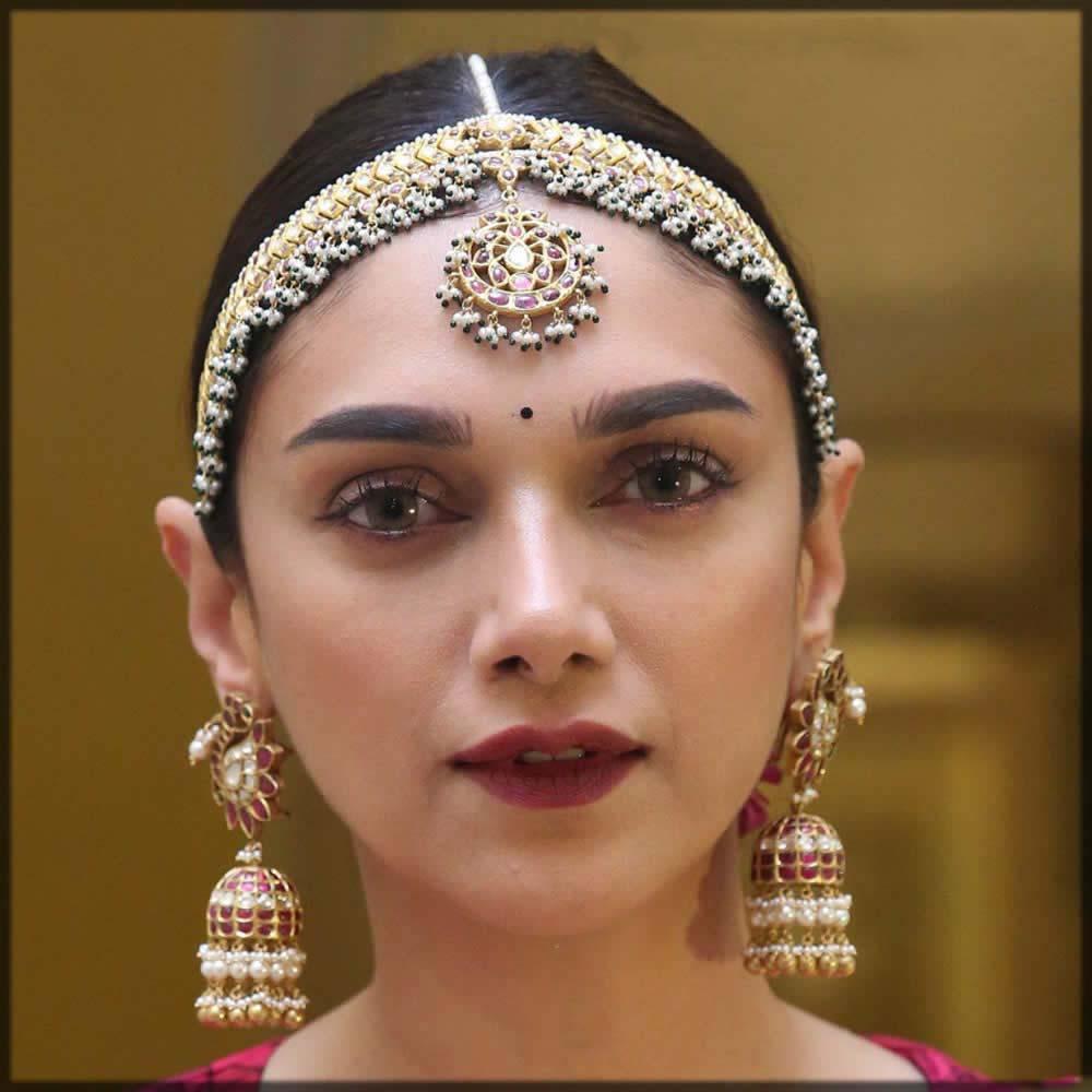 stylish headband matha patti