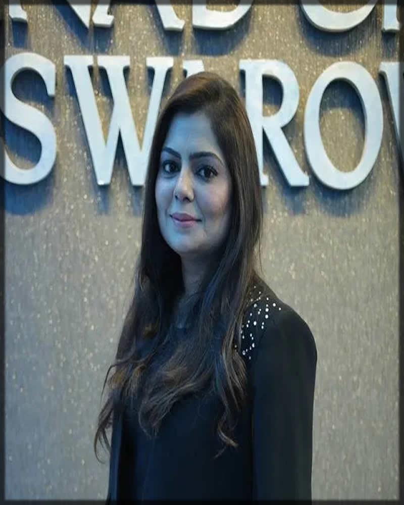 zainab chottani Pakistani Lawn Designer