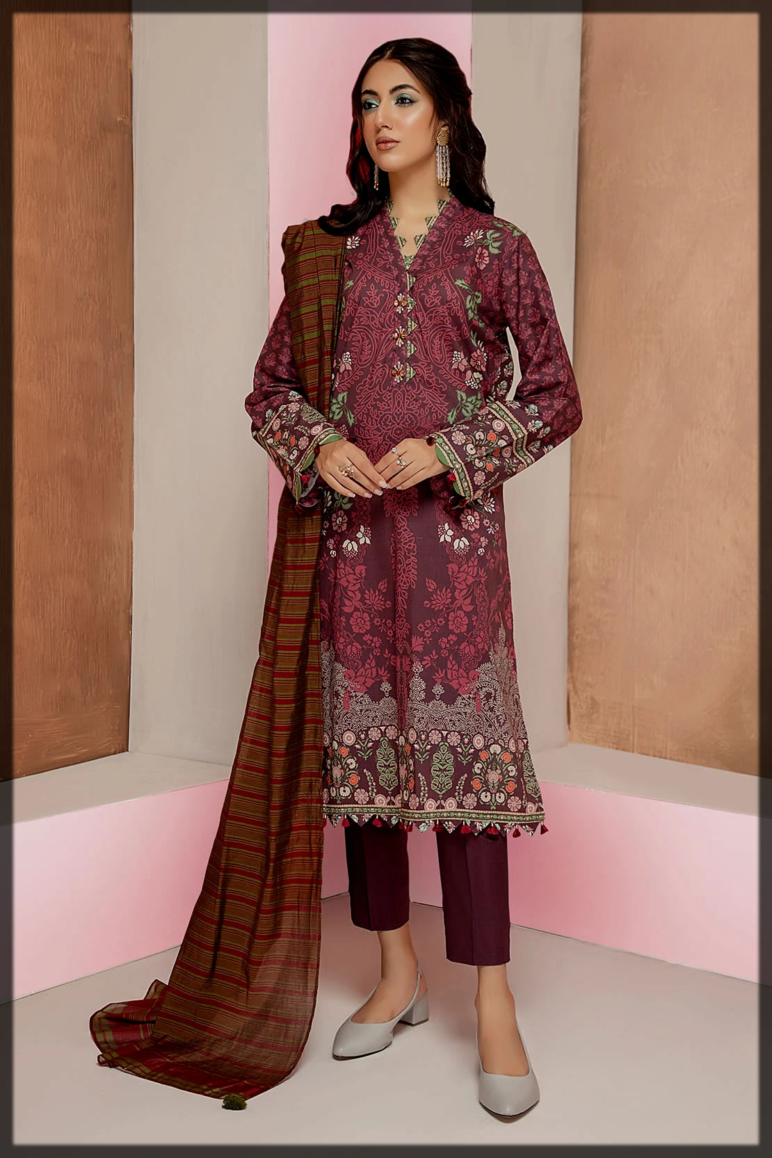 2PC cambric suit by so kamal