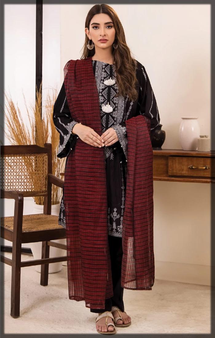 black premium jacquard dress