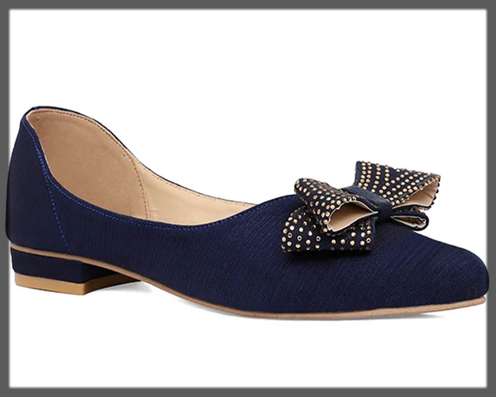 blue pumps with a bow