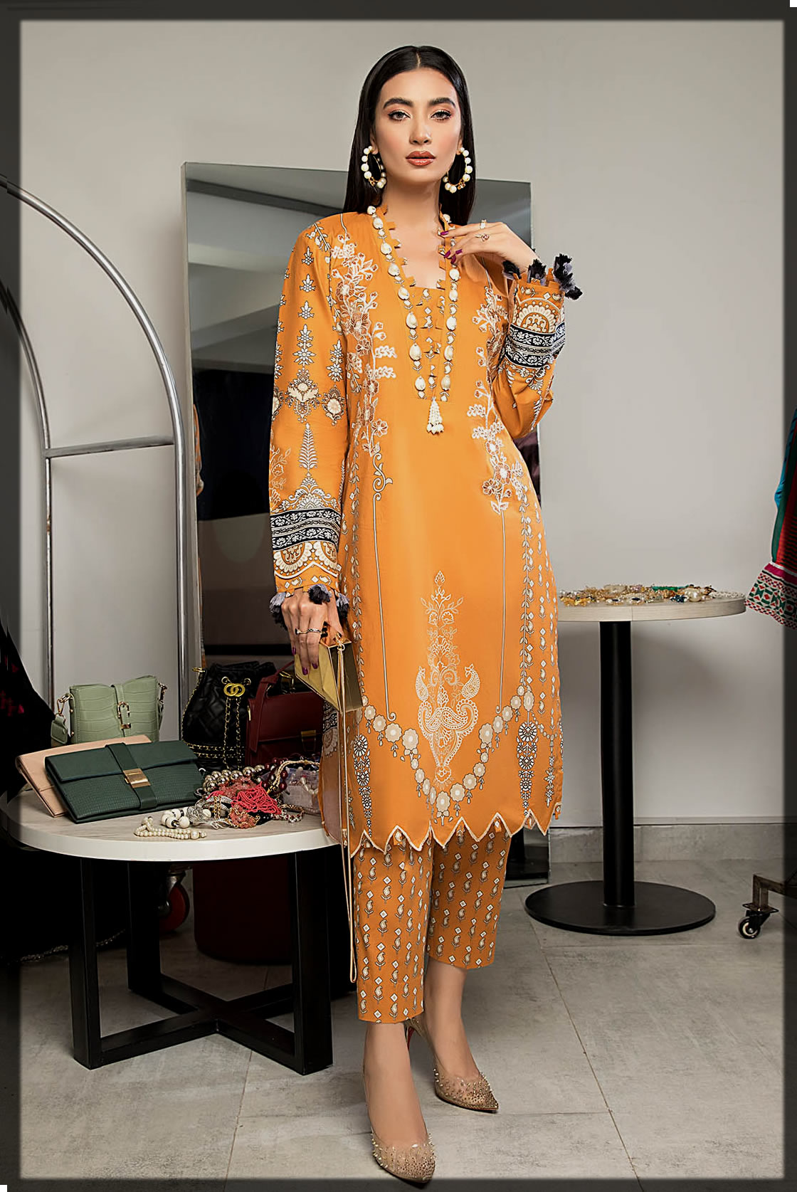embroidered winter suit for women