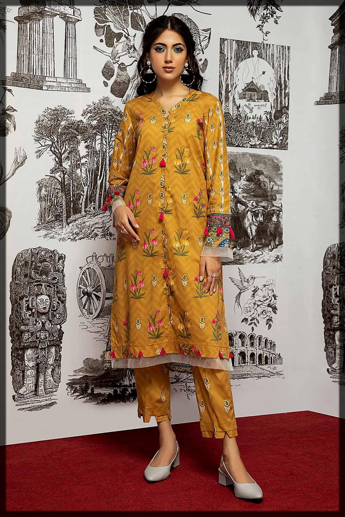 stunning 2PC cambric suit