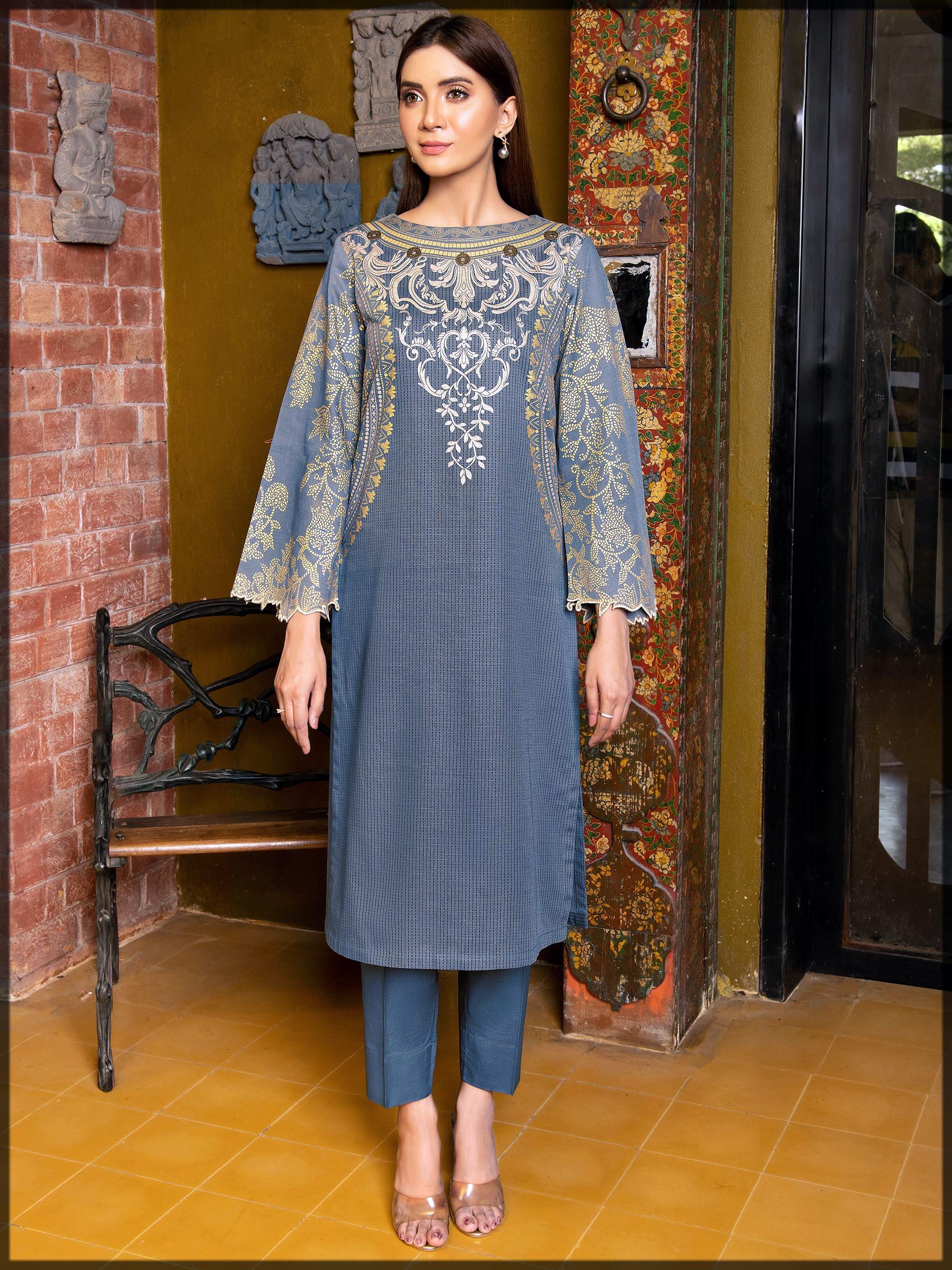 appealing Winter Dresses for Pakistani Women