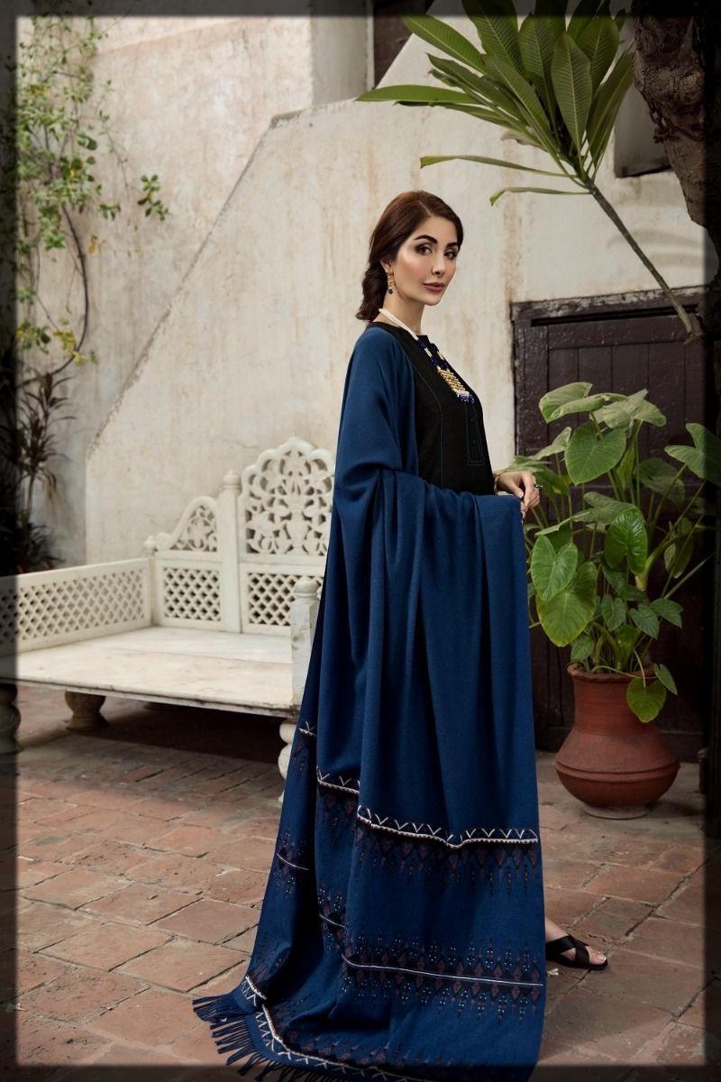 classy Winter Dresses for Pakistani Women