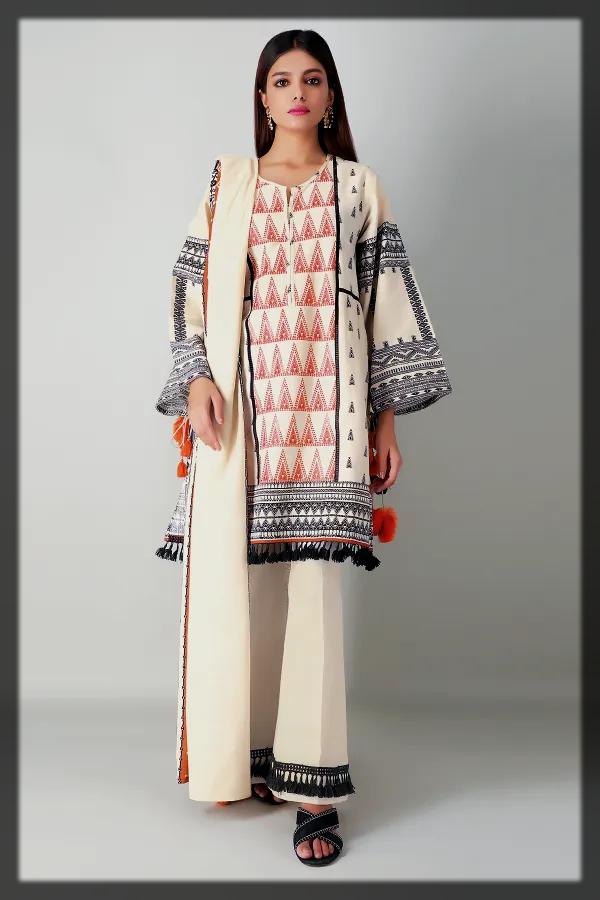 dazzling Winter Dresses for Pakistani Women