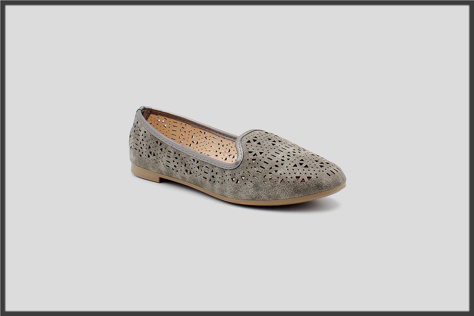 latest Servis Shoes Winter Collection