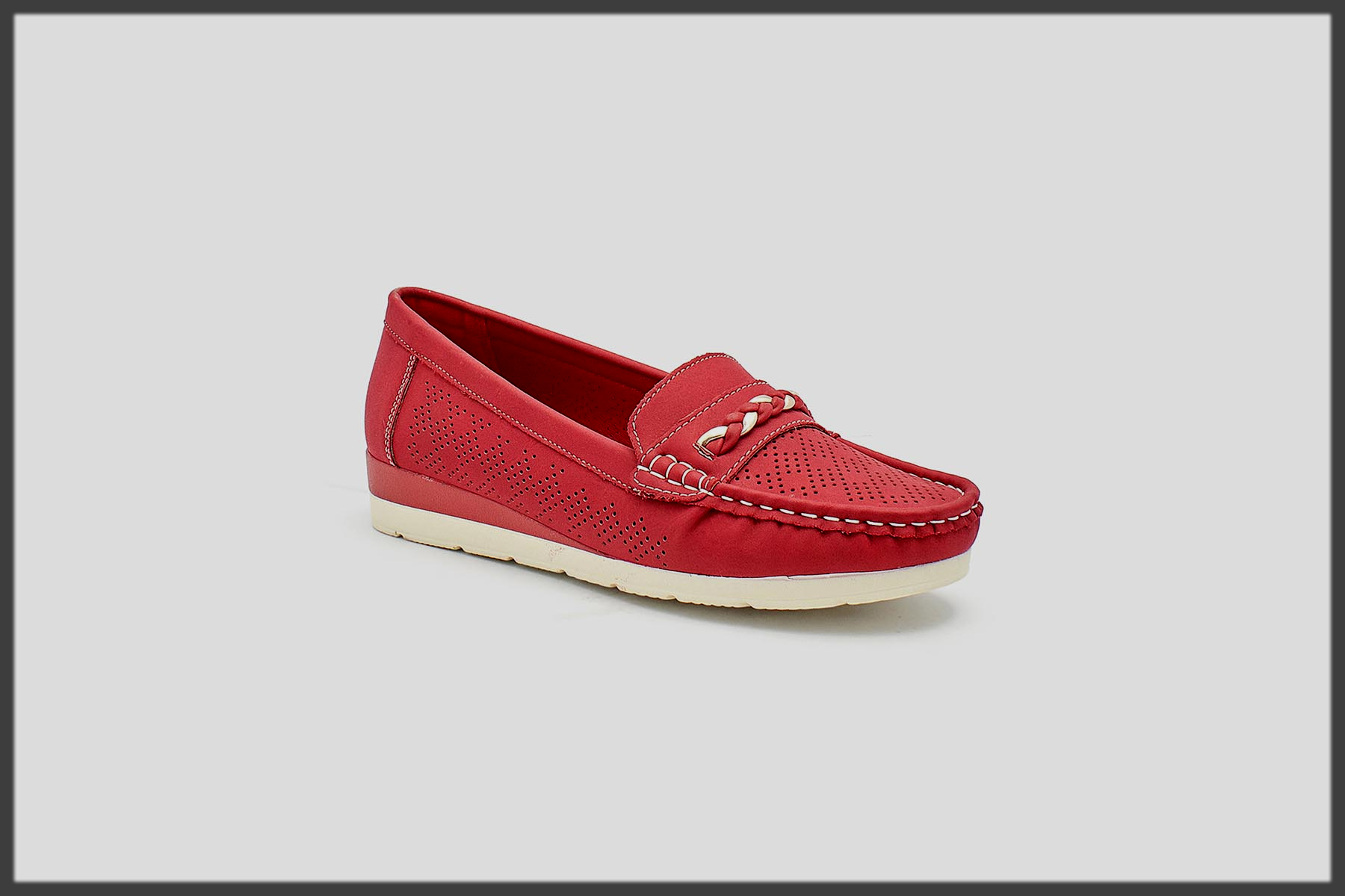 red winter shoes