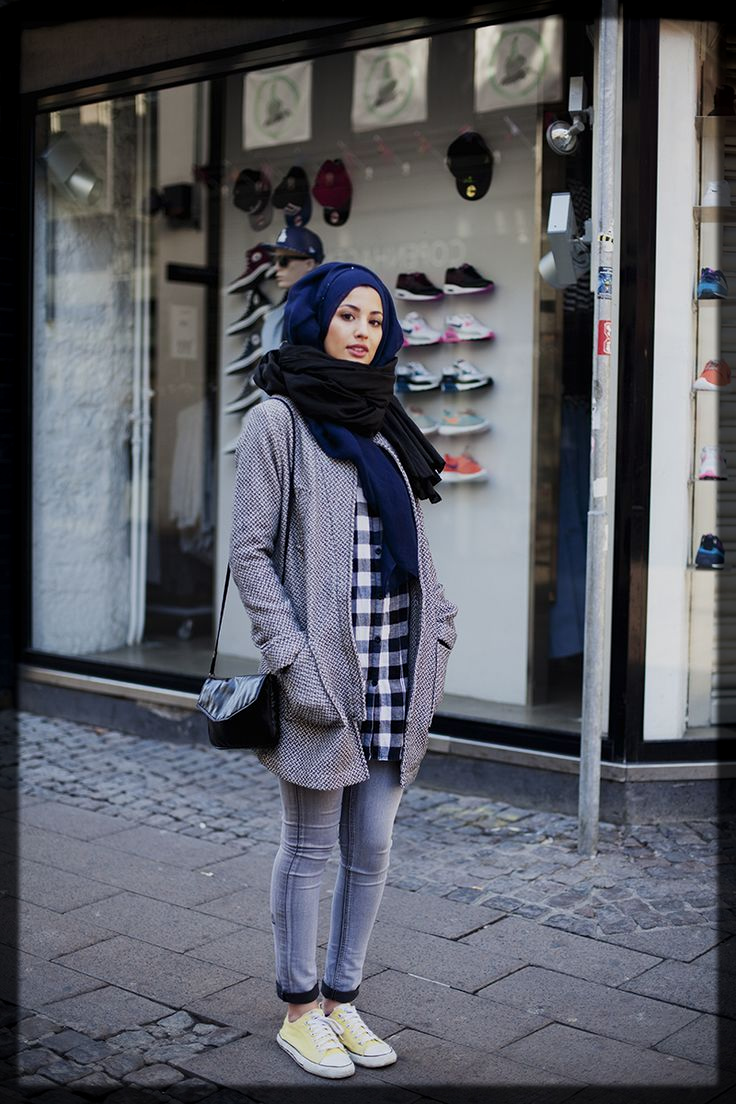 trendy winter hijab style for ladies