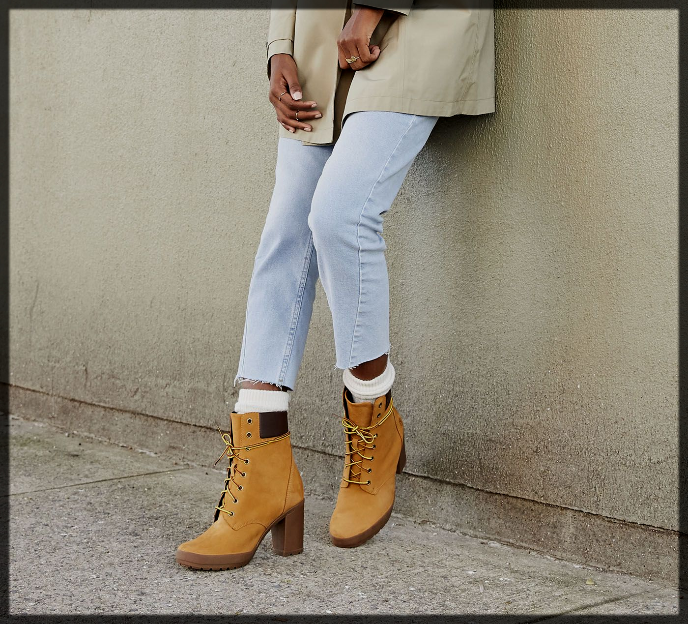 Attractive Camdale Fashion Boots for Women