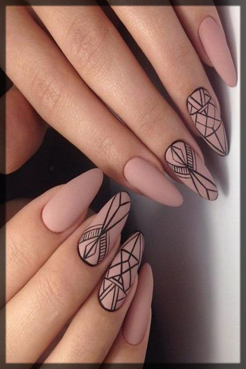 geometric lines Bridal Nail Art