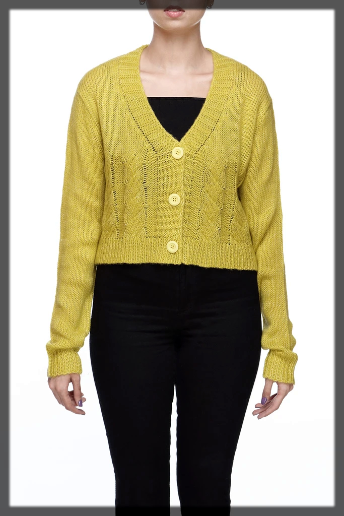 yellow sweater for teens