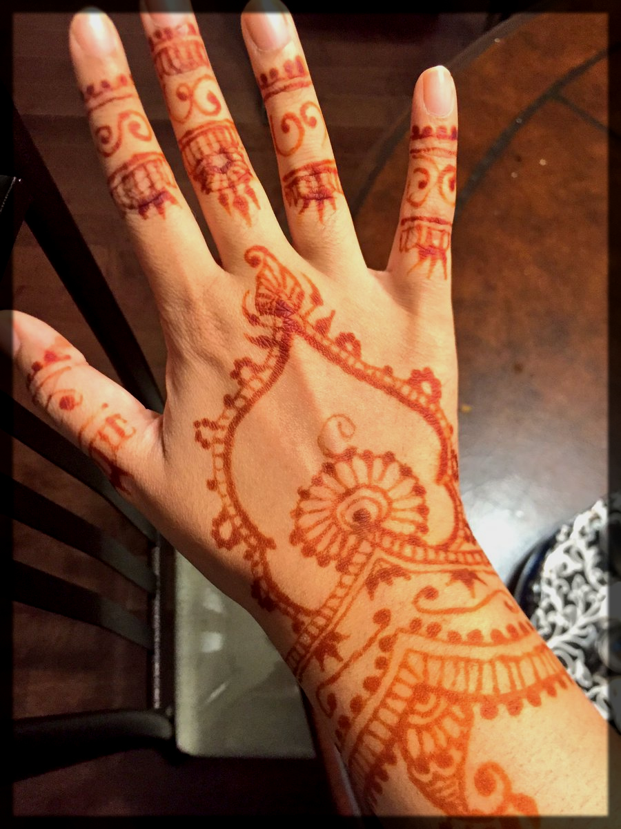 Effective Ways to Remove Mehndi at Home