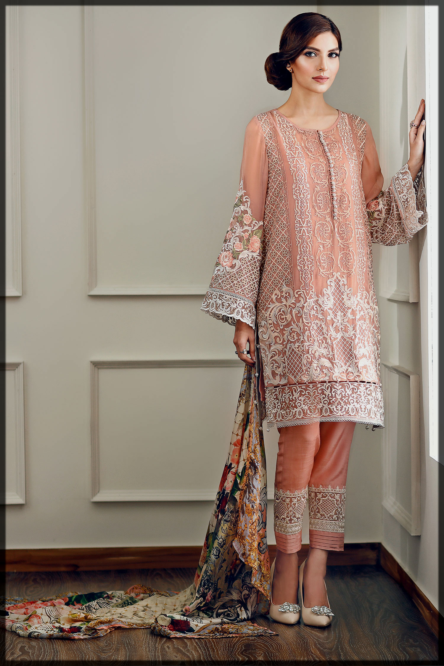 Long Embroidered Shirt with Capri
