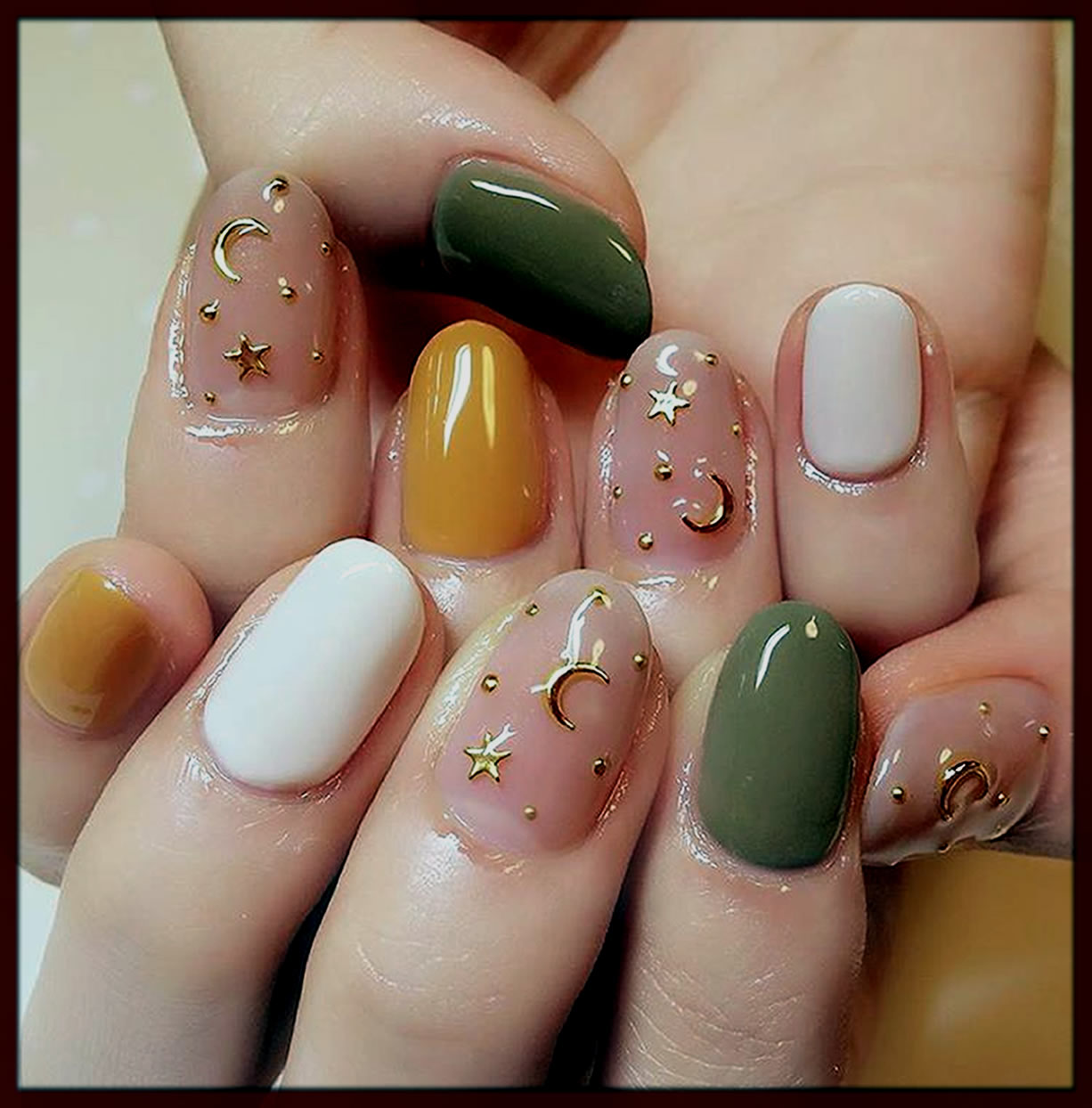 chand tara nail polish design for eid