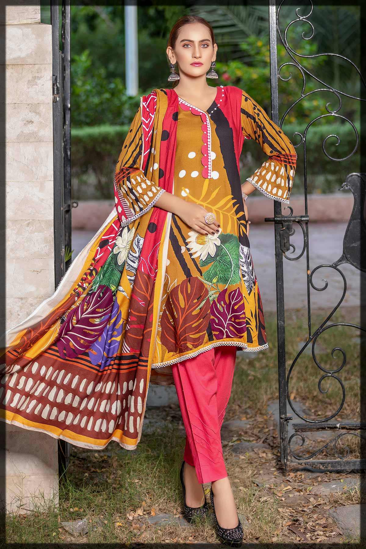 stunning 3pc printed linen suit for women