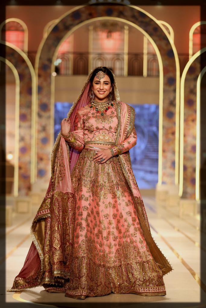 Ushna Shah wearing fahad hussain dress at bridal couture week