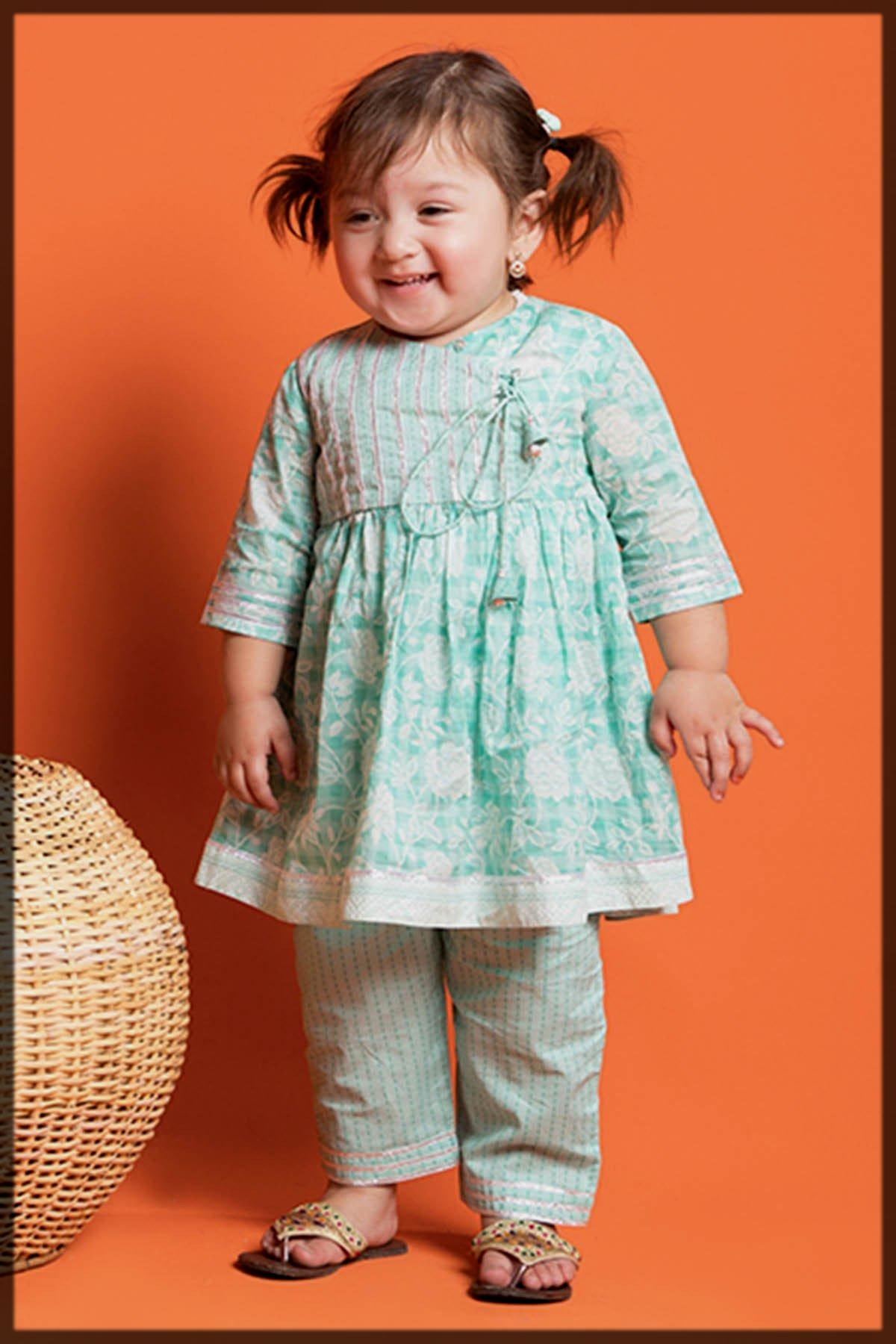 appealing summer lawn dresses for kids