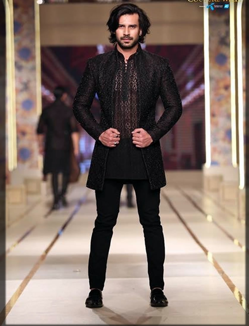 black outfit for men