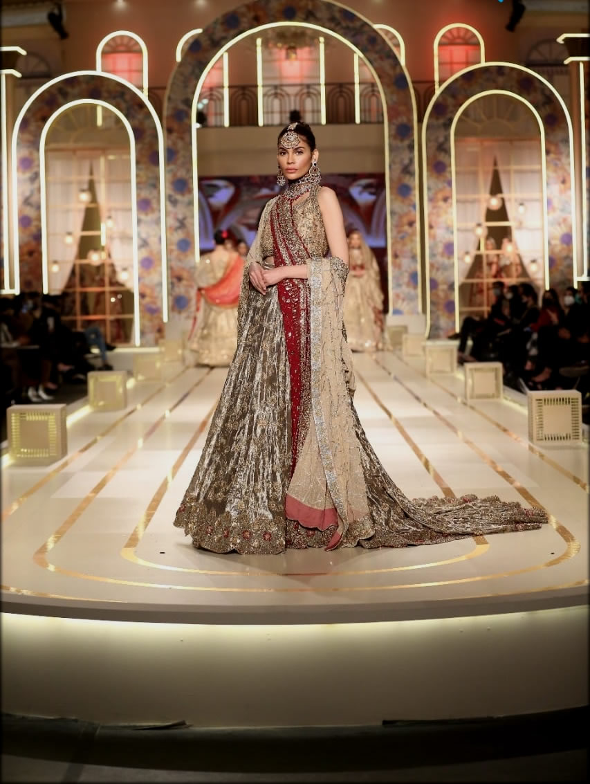 classy bridal couture week collection