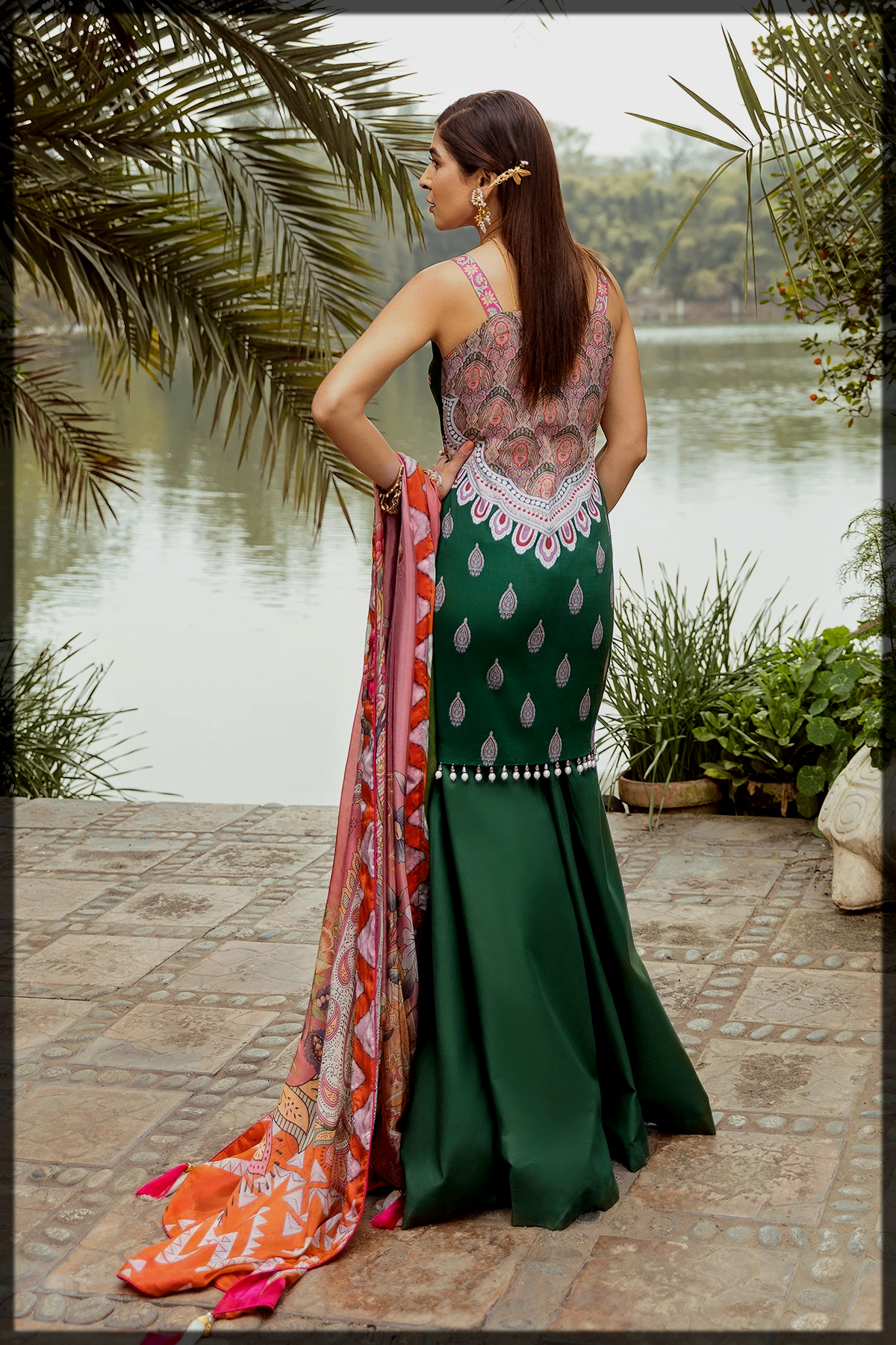 green shaded summer outfit for women