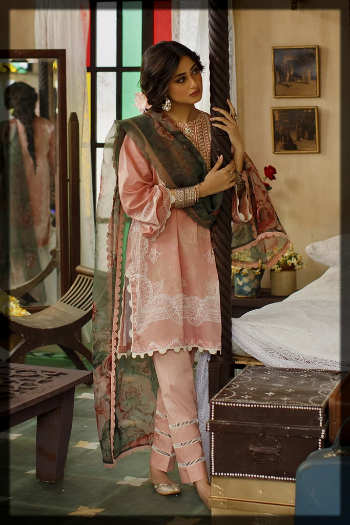 luxury peach suit with chiffon dupatta