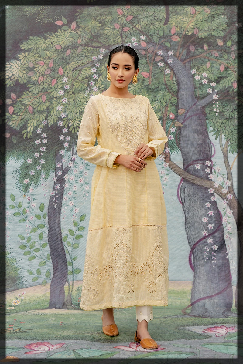 stunning gold summer luxury suit by Cross Stitch