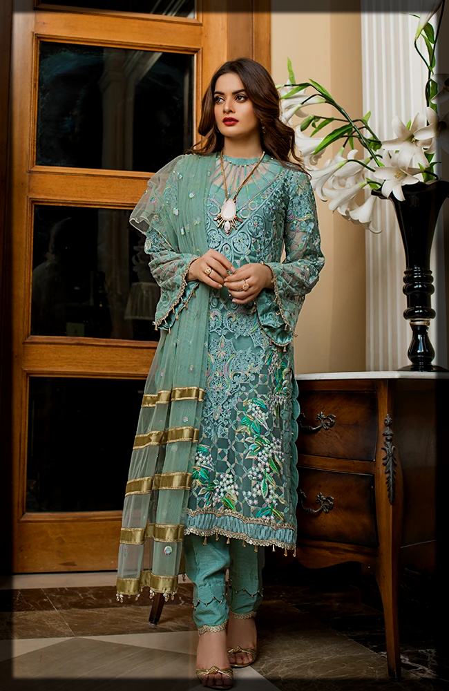 3 Piece Embroidered Formals suit