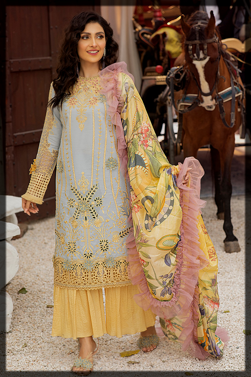 Dazzling Mushq Luxury Lawn Suit for Summer