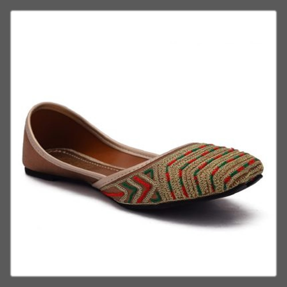 colorful ethnic khussa for ladies