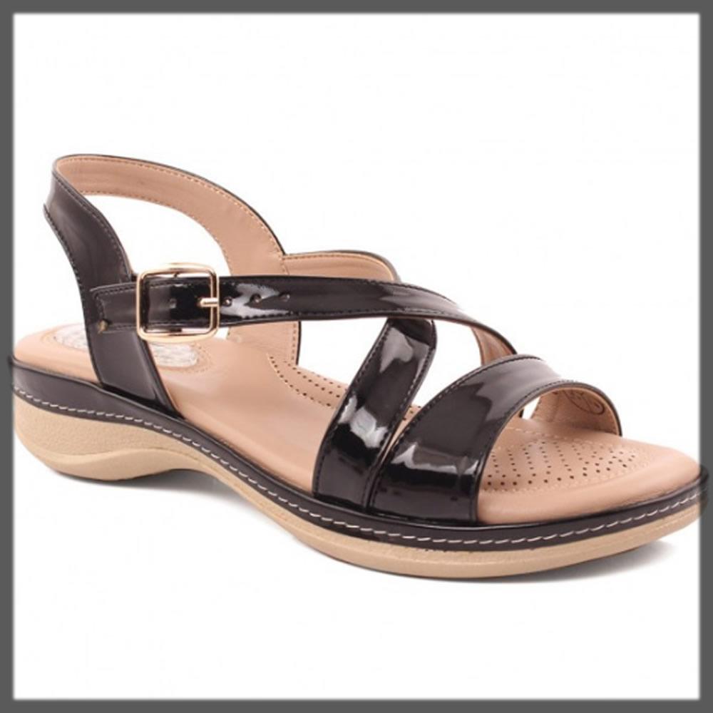 comfortable black sandals for women