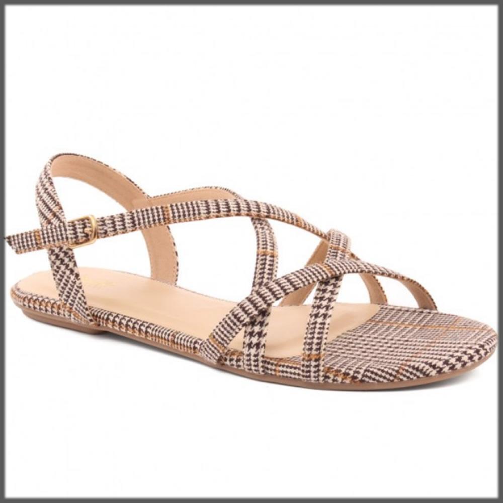 cross strap comfortable sandals