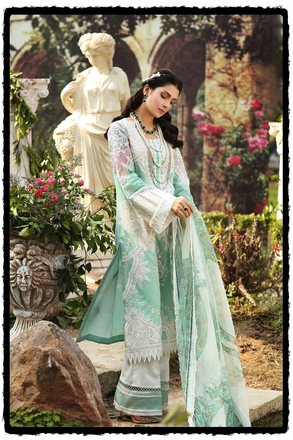 exquisite embroidered light blue suit