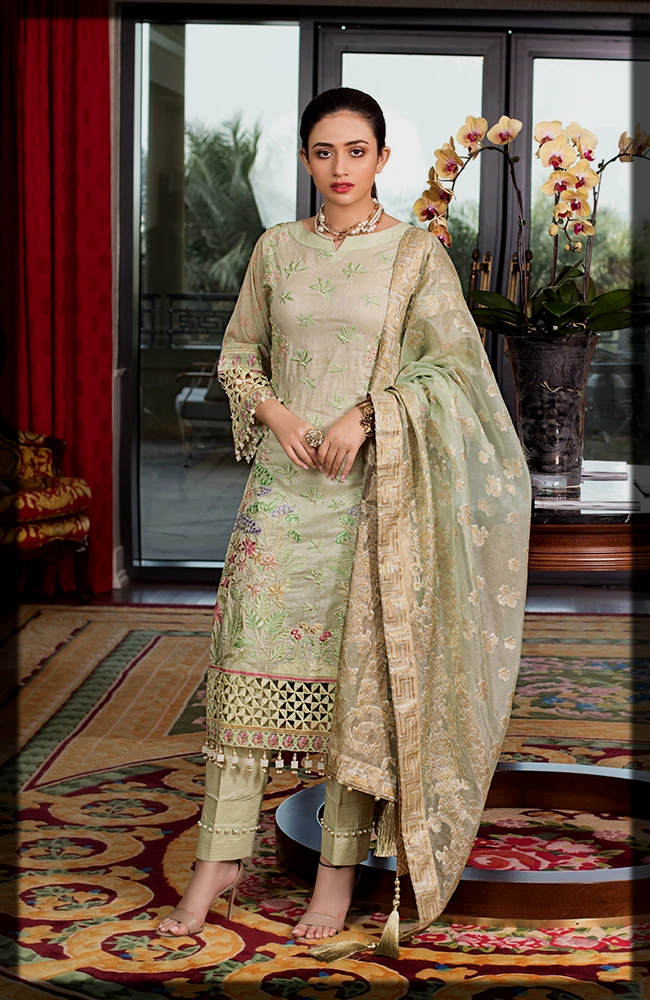 gareen shaded summer lawn suit
