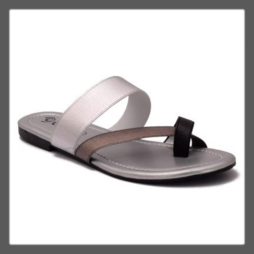 grey basic chappal for teens