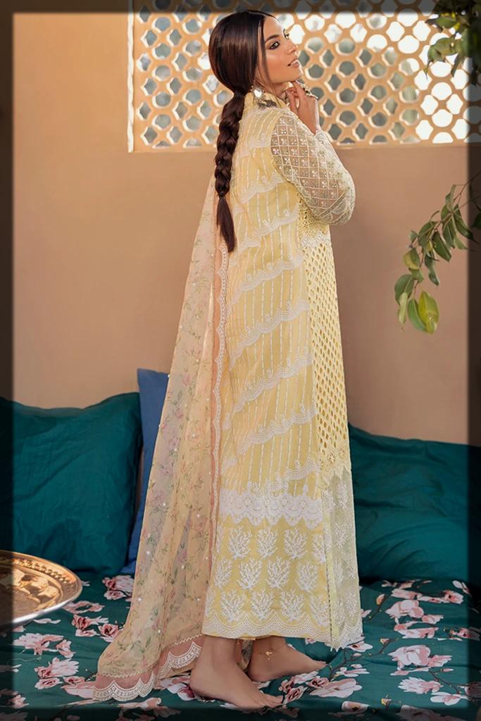 latest Qalamkar Luxury Lawn Collection for ladies
