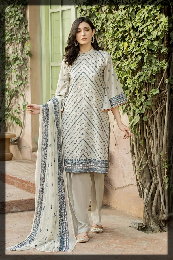 Silver Green Mountains Pattern Outfit by Taana Baana