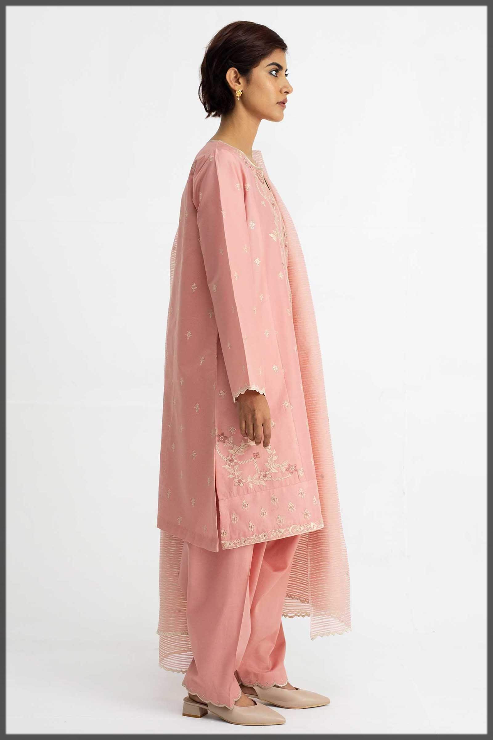 beautiful tea pink summer ensemble